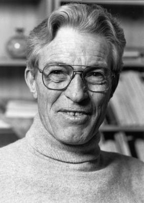 André L'HÉNORET
